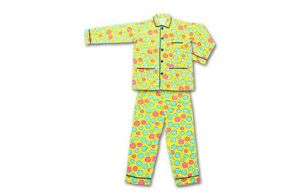 松っちゃんになれる! カラフルでポップな水玉パジャマ。