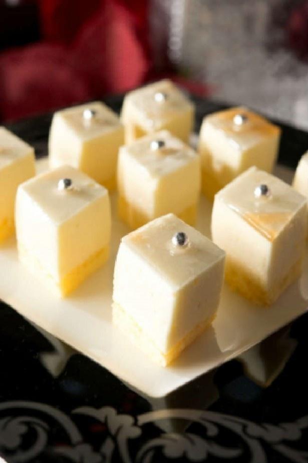【写真を見る】ダイヤモンド 栄養素がたっぷりのオレンジムース等 コラボデザート全5種  デザートブッフェ料金大人2800円、4~12才 1600円(税別)