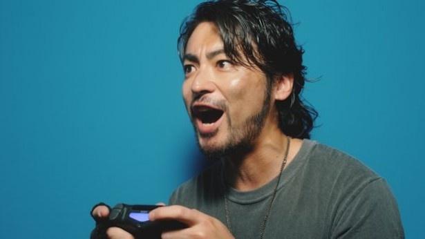 web限定CMでは、山田が「よっしゃおらー!」とゲームを本気で楽しむ姿も