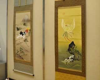 手塚作品と琳派の手法で描かれた日本画の意外な相性に驚かされる