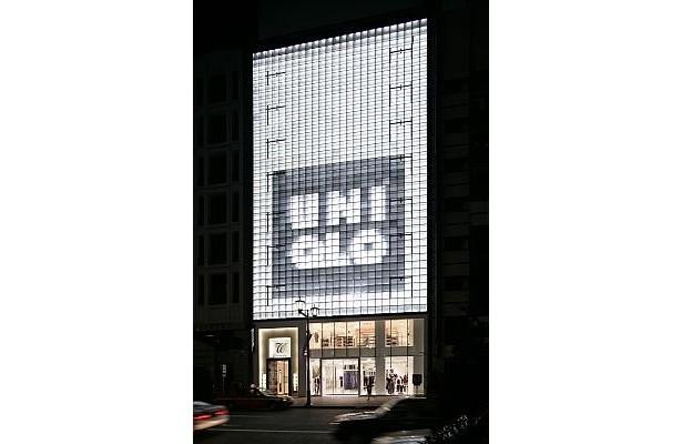 現在の「ユニクロ 銀座店」。隣接するビルに増床し、約700坪になって10/2(金)にオープンする