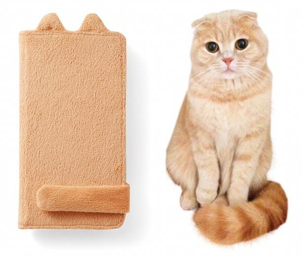 「手にフィット猫しっぽマフラー スマートフォンカバーの会」 月1個 2100円 茶トラ、ロシアンブルー、黒猫の3種類