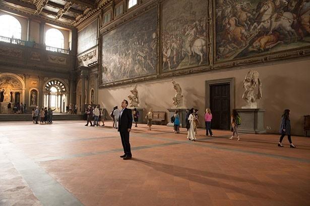 ヴェッキオ宮殿の五百人広間で実際に撮影