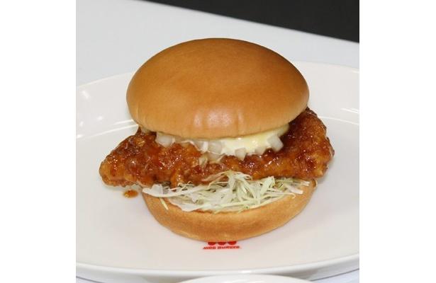 昨年宮崎県と共同開発した「宮崎名物チキン南蛮バーガー」は、大好評