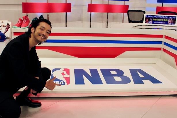 俳優、ミュージシャンとして活躍する金子ノブアキが、NBA2016-2017シーズンの注目チームを語る!