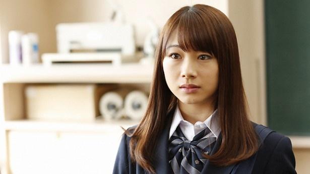 """モーニング娘。'16のだーいし(石田亜佑美)が「オトナヘノベル」に出演。""""マスク依存""""からの脱却を目指す女子高校生を演じる"""