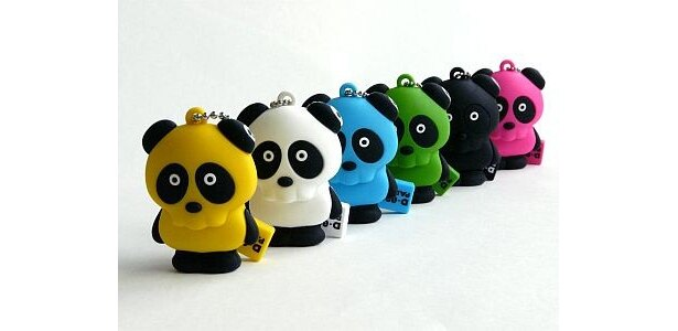 ドクロの顔をしたパンダ「D-096 PANDA USB MEMORY」(3500円)