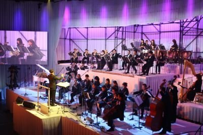 ゲーム中の音楽が、壮大なオーケストラで奏でられた