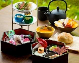 嵐山を借景とした「翠嵐 ラグジュアリーコレクションホテル 京都」の日本庭園