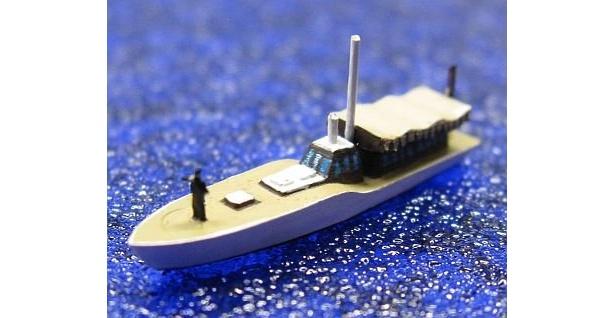 初回特典は1/700の山本五十六長官と長官艇仕様の内火艇