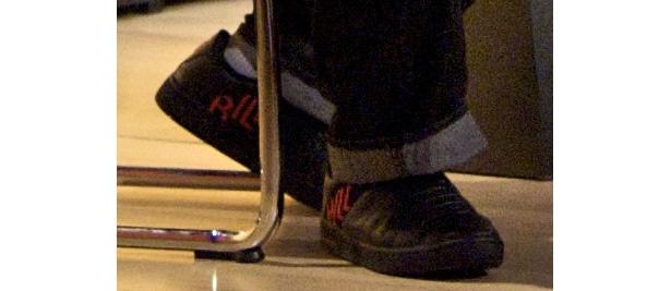 """Kill Bill""の赤いロゴが入った靴!"