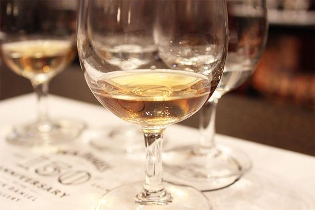 【写真を見る】試飲会では、4種の「ジャックダニエル」の飲み比べを体験