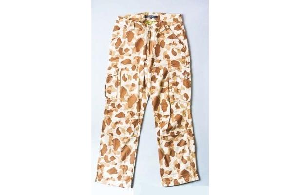 チェーン汚れ対策用の別布あり。Breeze 8PKT Pants(1万7640円/新宿マルイ アネックス)