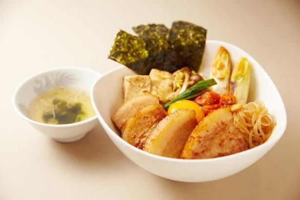 高麗鍋丼(1280円)