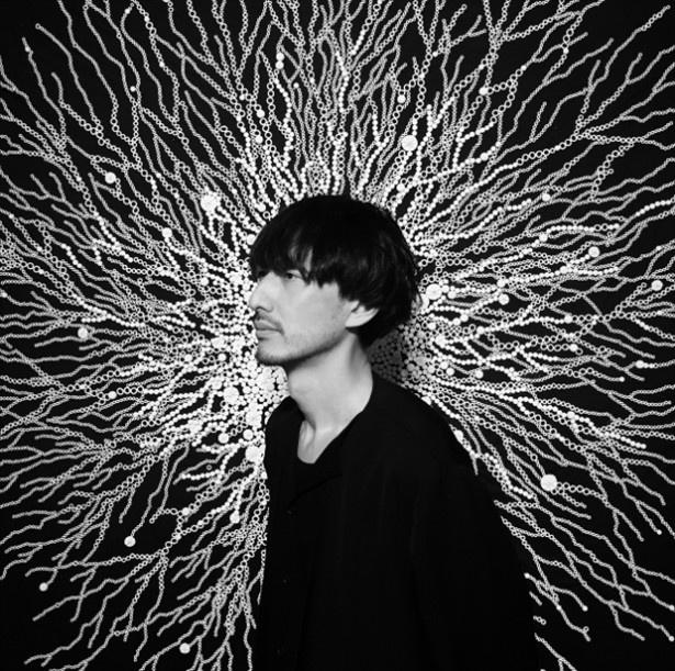 DAISY BALLOONのアートディレクター、グラフィックデザイナー、河田孝志