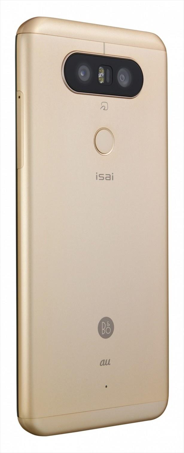 「isai Beat」ゴールドのバックデザイン