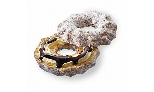 「フロッキーシュー チョコカスター」はホイップとほんのりビターなチョコソースをサンド