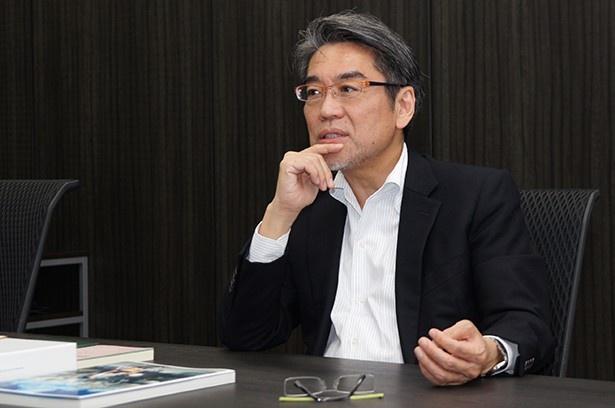 株式会社KADOKAWAの代表取締役専務である井上伸一郎