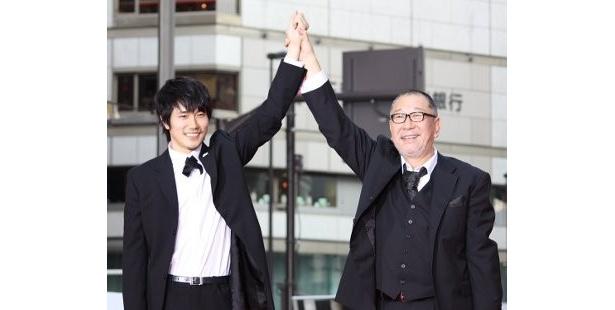 松山ケンイチと崔洋一監督ががっちりと手を組んで『カムイ外伝』をアピール