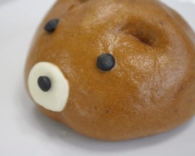 つぶらな瞳を見ていると、ちょっと食べるのをためらわれます