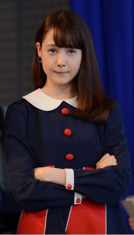 「黒い十人の女」に相葉志乃役で出演中のトリンドル玲奈