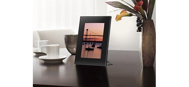 ソニーの「S-Frame」のDPF-D72(1万3800円)。液晶は7.0型。同シリーズにはほかに8型や10.2型などがある