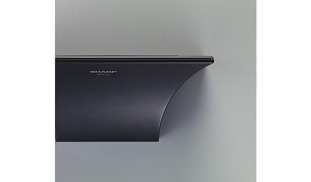 シャープの「インテリアホン」はブラックとホワイトの2色展開。カレンダーや時計表示も内蔵している