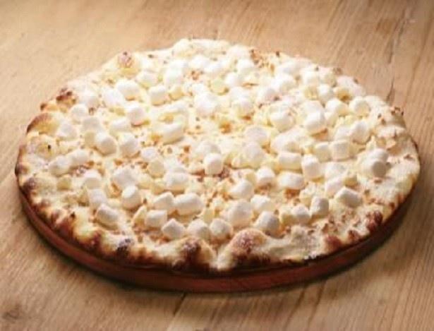 「マシュマロとホワイトチョコレートのピザ」