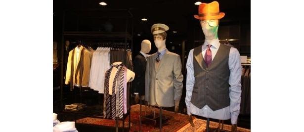 スーツも豊富!ベストやタイで、遊び心があるのもH&Mならでは