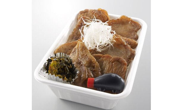 「十勝豚丼いっぴん」十勝豚丼弁当¥881。2週目に販売