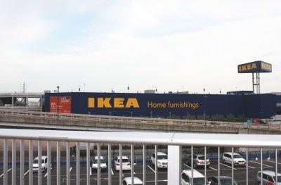 隣接する「IKEA」と施設内にあるニトリなど、競合が多いのもおもしろい