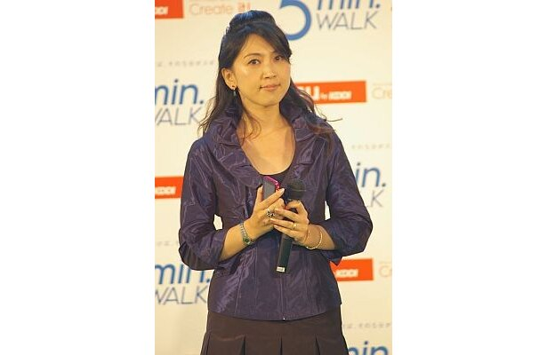 アドバイザーとして、ウォーキングスタイリストの長坂靖子さんが登場