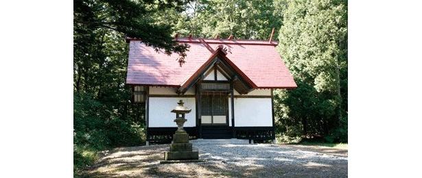 週末には参拝客が多少増えたという鳩山神社