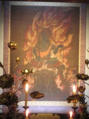 国宝 青不動明王/「青不動明王」は日本三大不動のひとつで、宇宙を司る大日如来の化身。今回、青蓮院創建以来初めて御開帳される