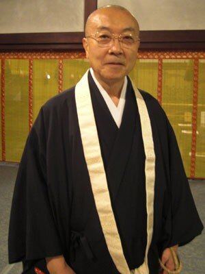 青蓮院門跡の門主・東伏見慈晃さん「混迷する不安な時代ですが、青不動様にお祈りをして心安らかになっていただきたい」と語る