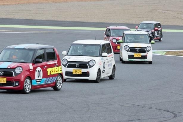 軽自動車「N-ONE」によるオーナーズカップも開催