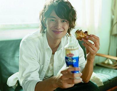 映画にドラマにと大活躍の岡田将生さん。まだ20歳の若手実力は俳優だ。彼のナチュラルな魅力に注目!