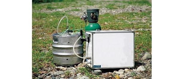 生ビールサーバーと生樽(10l)セットは1万5000円でレンタル可能
