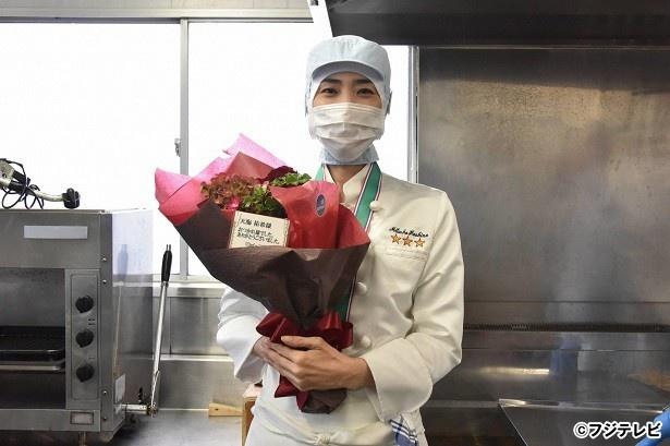 「Chef~三ツ星の給食~」クランクアップを迎えた天海祐希