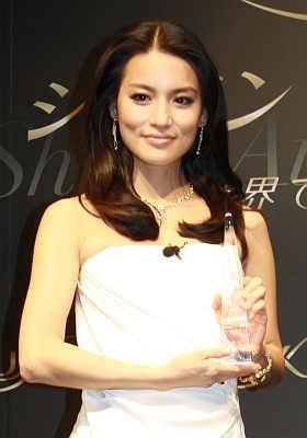 「日本を代表する女優になっていきたい」とキッパリ話した