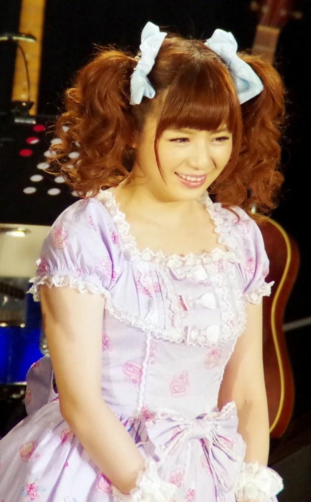 トップバッターは栗林里莉で、「気まぐれヴィーナス」(桜田淳子)