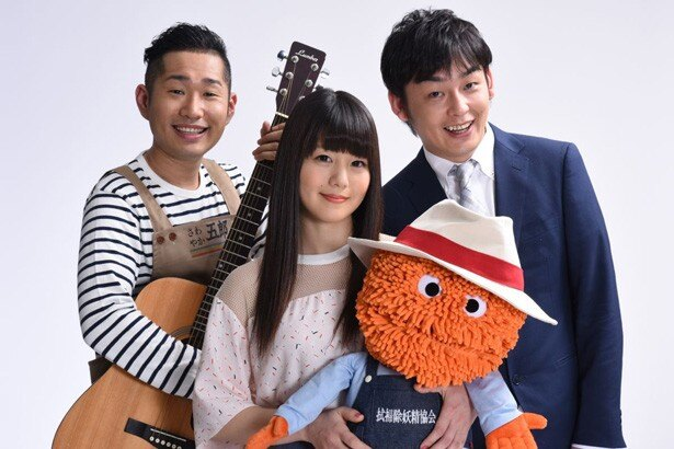 「saku saku」に出演中のNANAE(中央)と上々軍団のさわやか五郎(左)、鈴木啓太