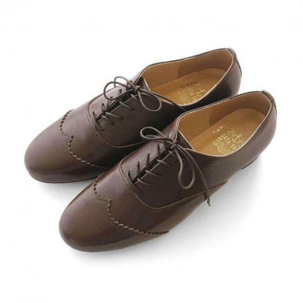 【写真を見る】「長田靴職人の本革仕立て シンプルレースアップレザーシューズ」 全2色 1万4800円(税抜み)