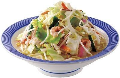 新メニュー「野菜たっぷりちゃんぽん」には、480gもの野菜を使用