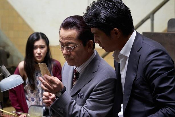 『 相棒-劇場版IV- 首都クライシス 人質は50万人!特命係 最後の決断』は2月11日(土)公開