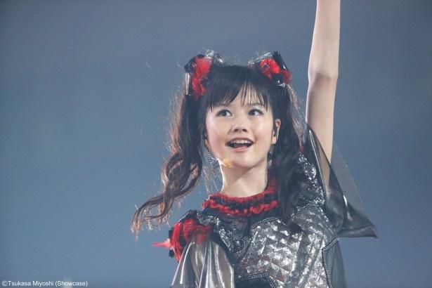 9月20日の東京ドーム公演の模様。 YUIMETAL (Scream、Dance)