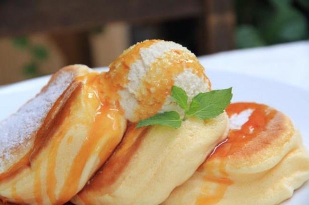 表参道や大阪でも人気の「幸せのパンケーキ」が神戸にオープン!