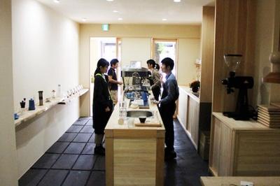 今年の10月にオープンした京都店は、木をふんだんにつかった和風なつくり