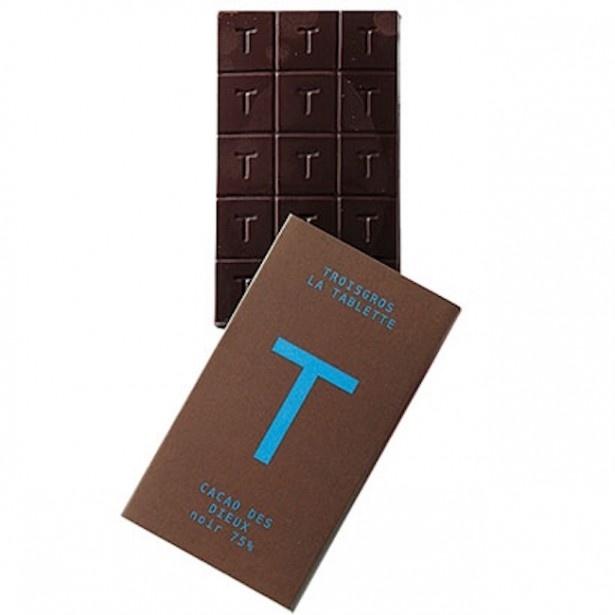 熟練の技により、力強く重厚な口当たりと複雑で個性的なアロマを生む「Cacao des dieux(カカオ・デ・ディユ)」(※カカオ75% トリニタリオ種)