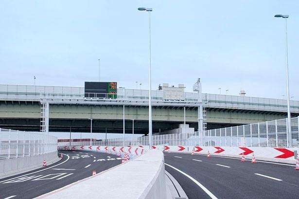 阪神高速6号大和川線の三宝ジャンクションから鉄砲出入り口が29年1月28日(土)14時に開通する